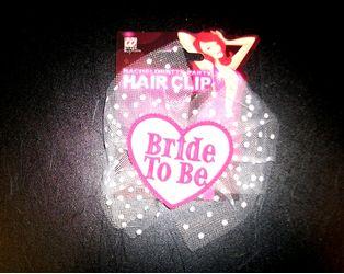 """Κλιπ μαλλιών """"Bride to be"""""""